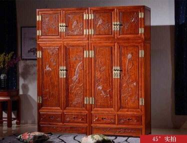 檀雕顶箱柜